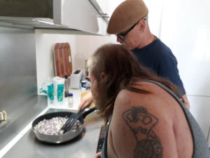 06 Ion et Marius en cuisine